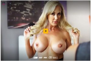 Brandi Love VR porn video